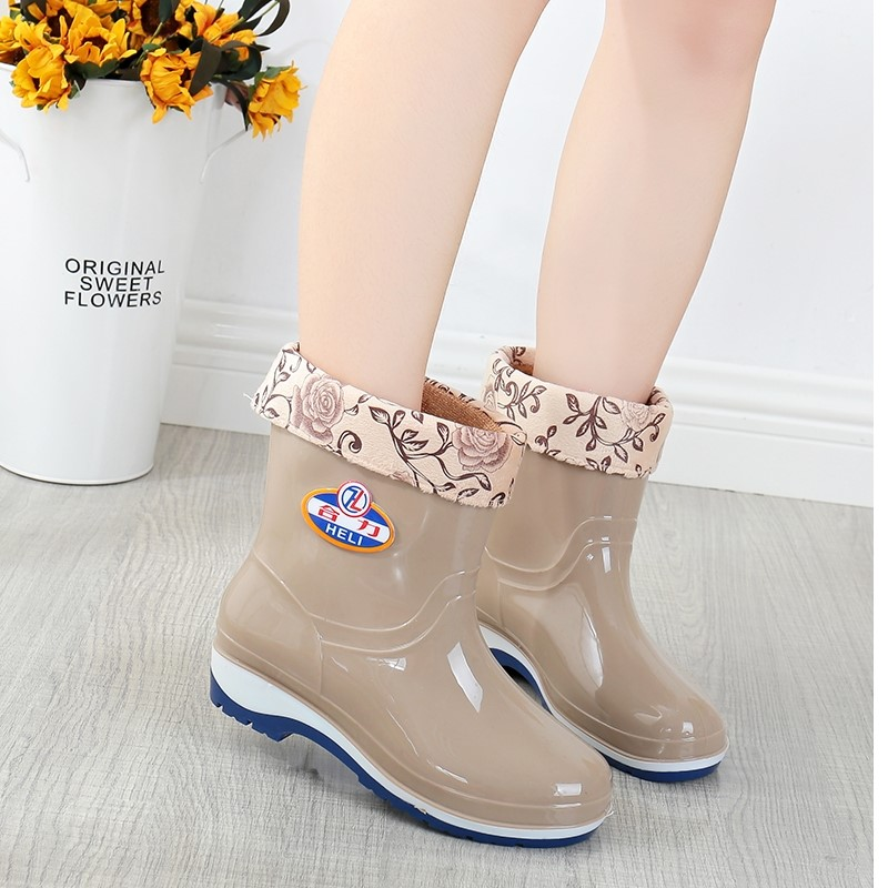 Warm adult rain shoes womens fashion anti slip water shoes overshoes short rubber shoes waterproof middle tube rain boots womens water boots