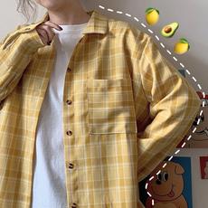春装2020新款韩版学生格子衬衫女设计感小众上衣百搭长袖宽松衬衣