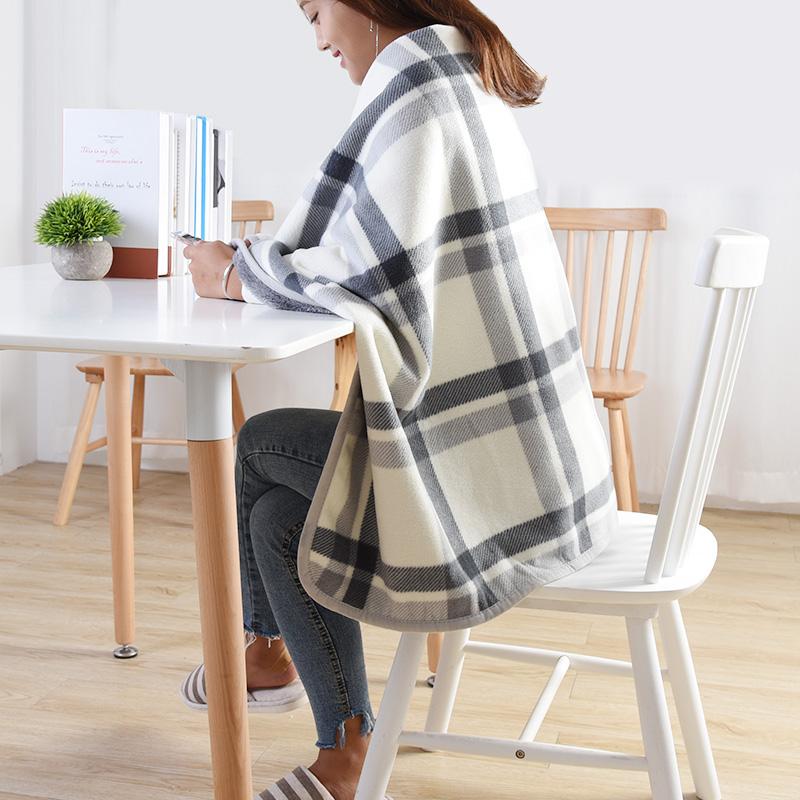 多功能空调毯膝盖毯披肩办公室午睡盖腿小毛毯女珊瑚绒懒人毯斗篷