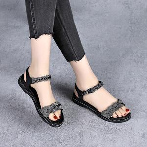2021新款夏季平底凉鞋女软底软皮水钻一字带女鞋薄款真皮妈妈鞋子