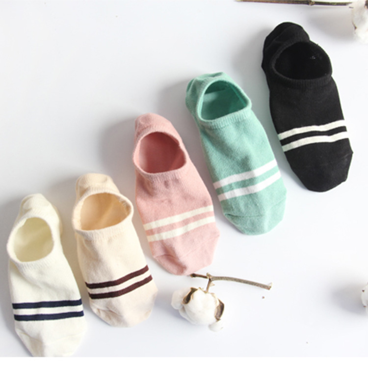 Ship socks womens pure cotton thin shallow mouth sweat absorption single shoes South Korea antiskid and deodorant socks silicone socks invisible socks in summer