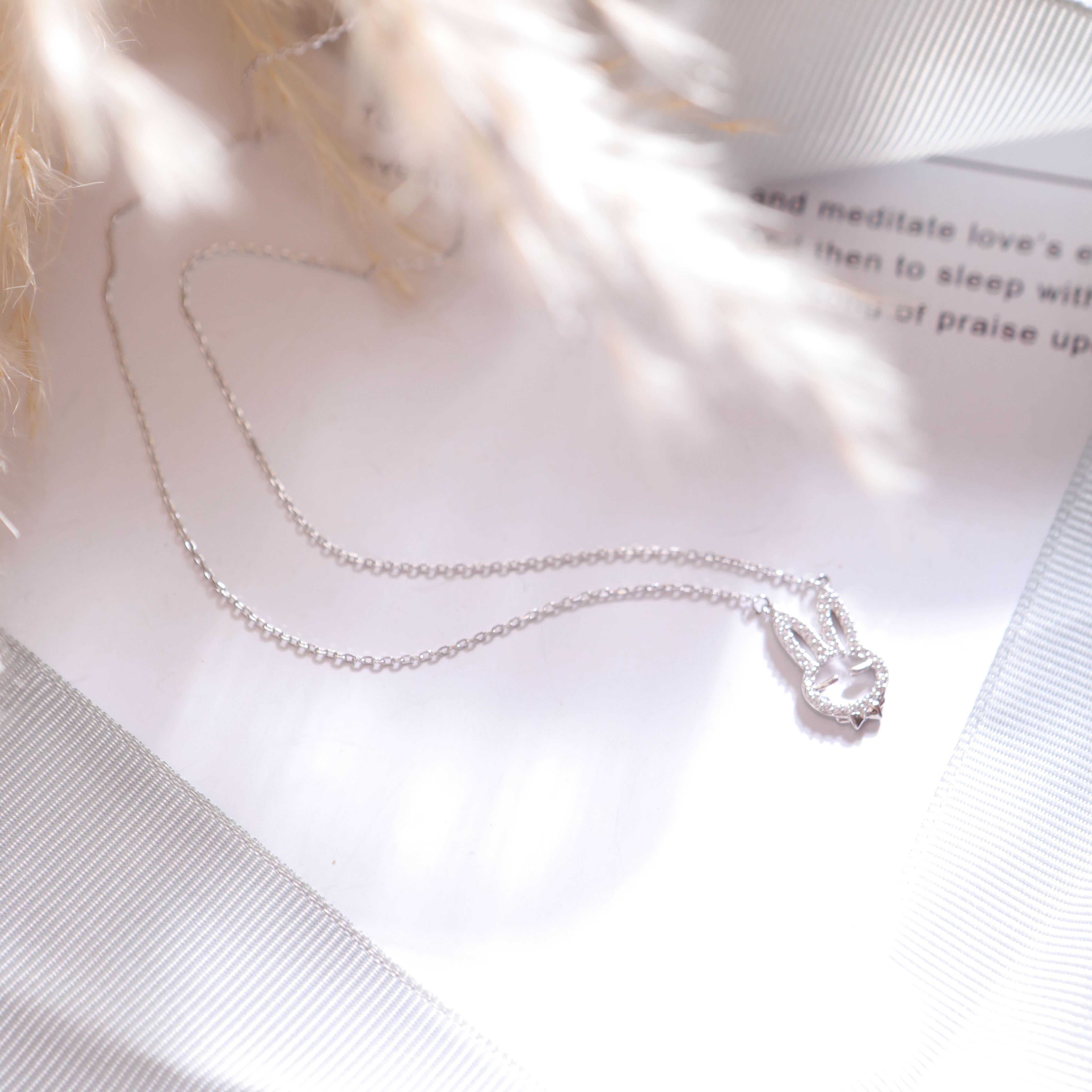 2018韩版时尚925银微镶镂空小兔子项链女潮E1128
