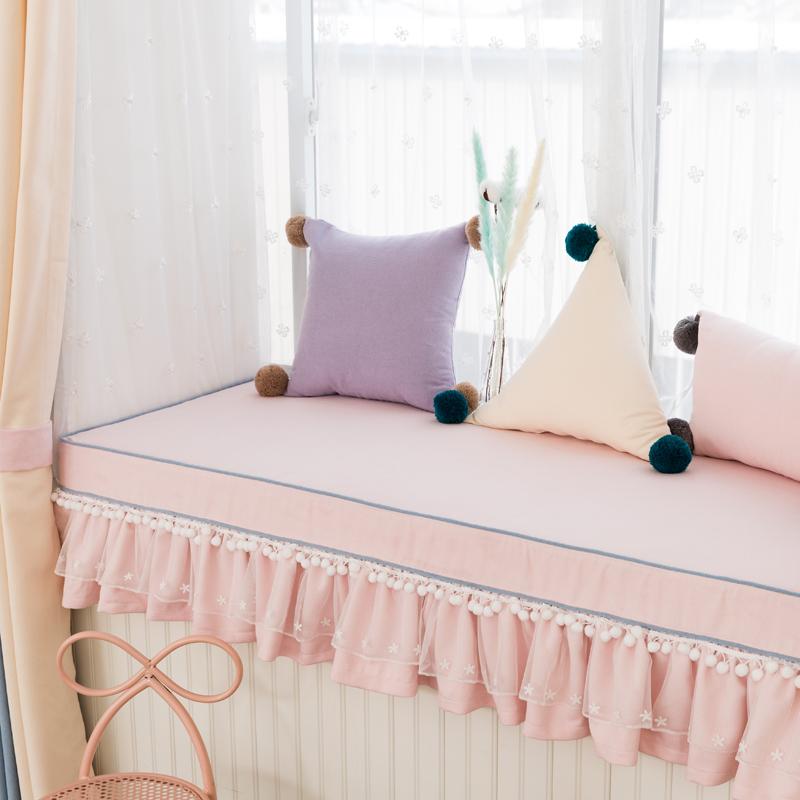 北欧ins纯色小清新蕾丝绒球荷叶边飘窗垫订做 高密度海绵塌塌米垫