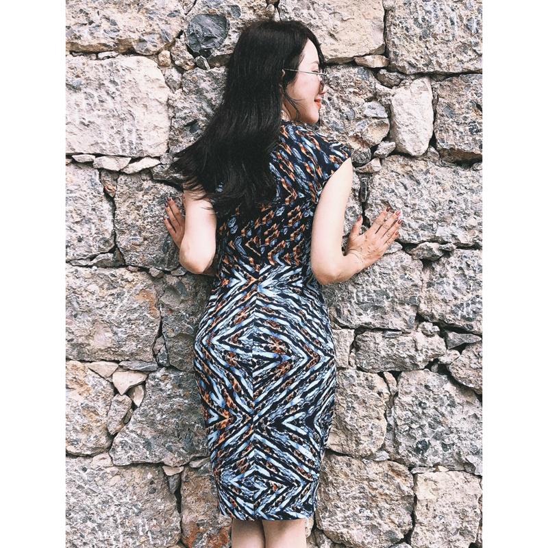 WENZI DESIGNはきらびやかで大きなデザイン感のプリント修身ワンピース女性の夏の高級ファッションを探しています。