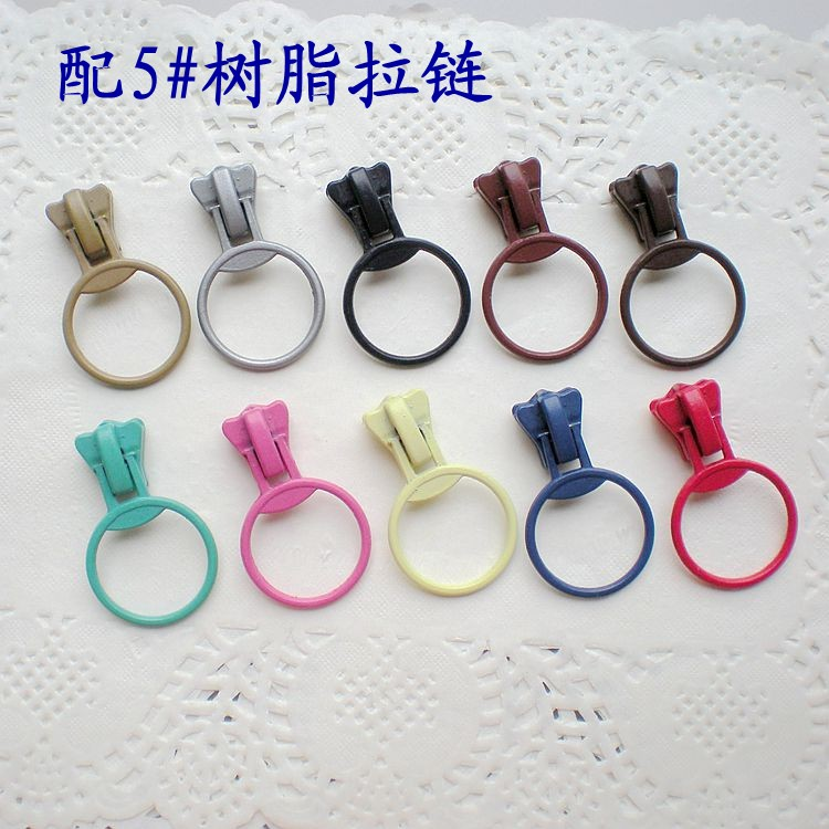 5 ? zipper head 5V resin code matching zipper head ring head 11 color selection 0.8 yuan 1 piece