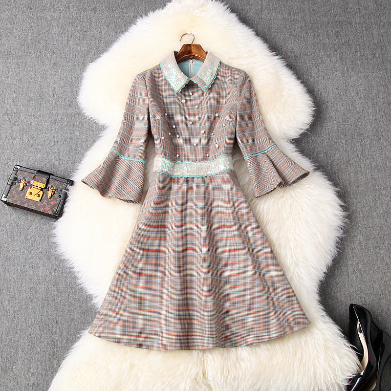 European station spring 2020 womens new Chiffon Plaid Sequin trumpet sleeve French small foreign style dress