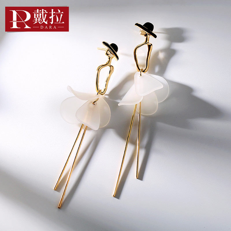 戴拉925银针小姐姐个性时尚百搭长款耳环女 韩国版潮人耳饰耳夹