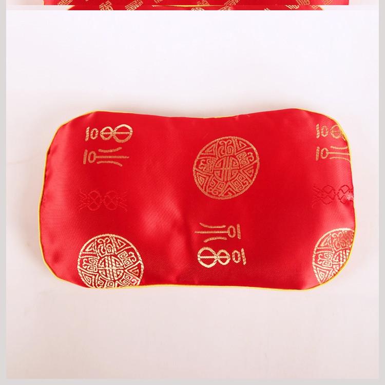 。秋冬2019新生婴儿红色绸缎蚕沙婴儿枕头初生枕芯决明子婴童枕头,可领取1元天猫优惠券