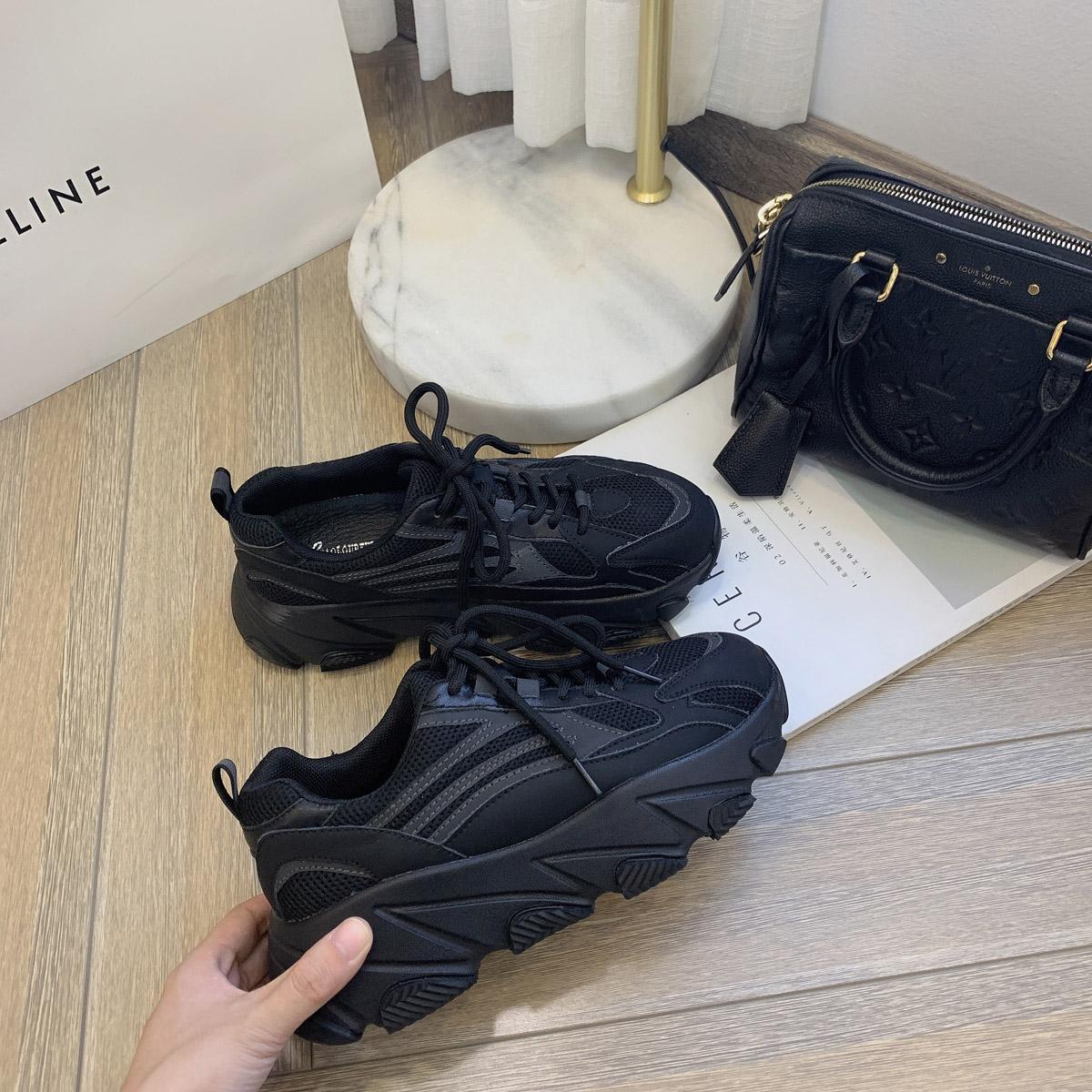 靓小靓 巨好穿 时髦星人bi入~cool真皮厚底5cm椰子运动鞋小黑鞋