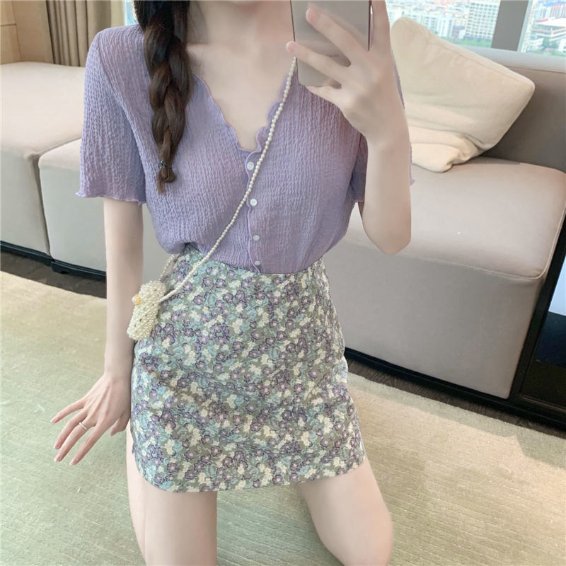 I two piece suit V-neck purple top womens summer new pleated foreign style lace Short Sleeve Chiffon shirt skirt