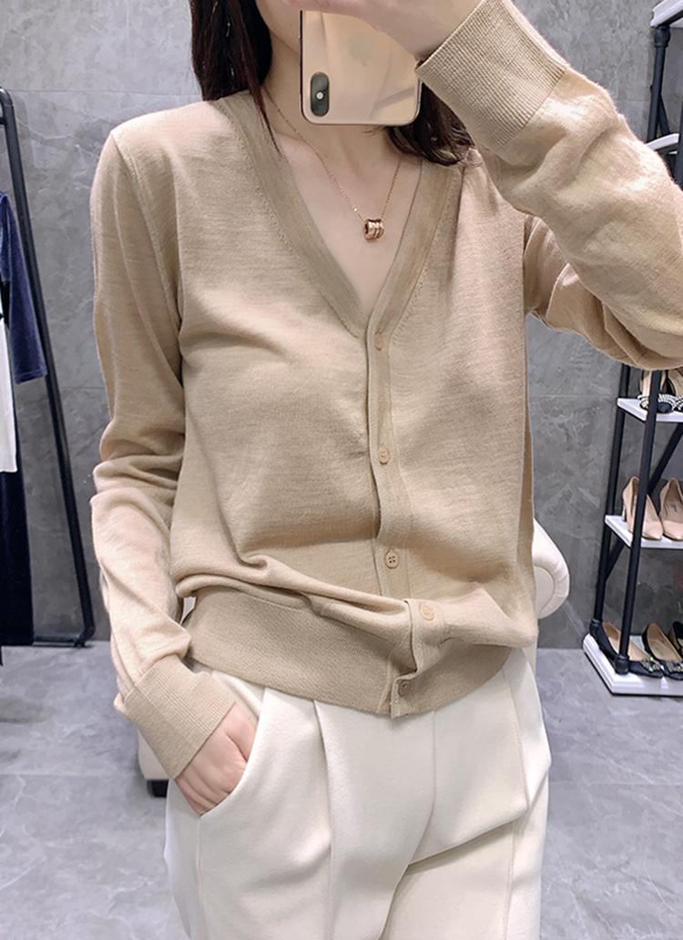 羊绒开衫女V领薄款春秋宽松显瘦毛衣短款外搭针织打底羊毛衫外套