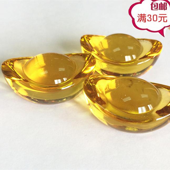Награда поощрять маленький друг приятно удивлен интерес игрушка прозрачный кристалл стекло слиток мальчик ребенок из золото и серебро деньги сокровище реквизит