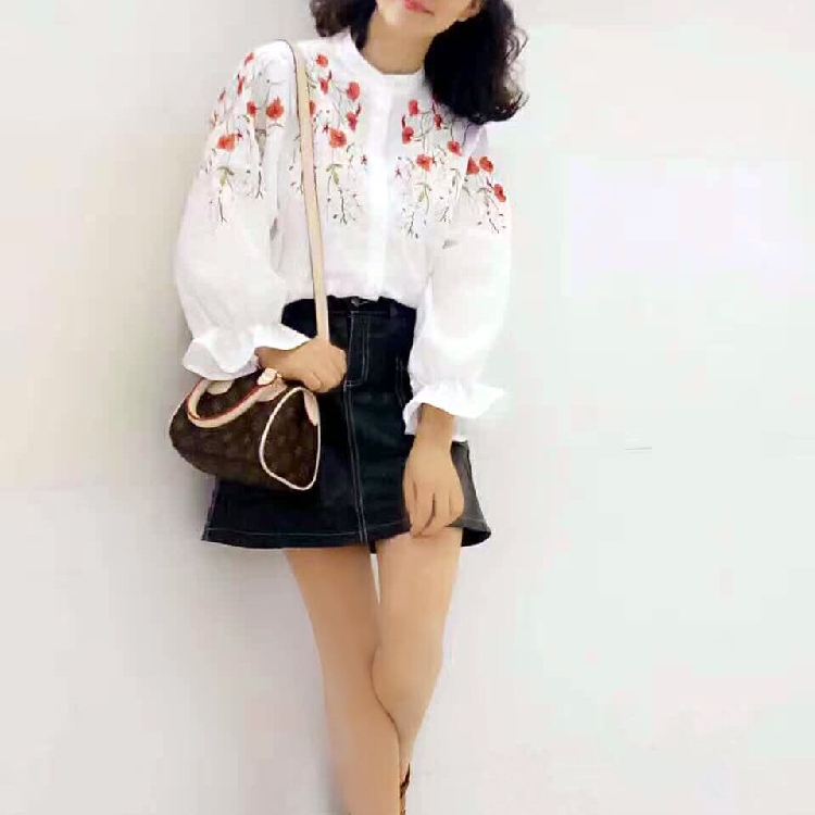 2021 autumn cotton base shirt womens sweet heavy industry Embroidery Flower small stand collar Lantern Sleeve long sleeve top