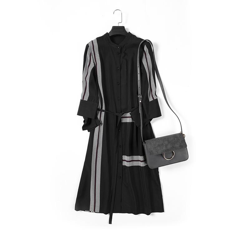 【炫研】新品上新女士精品黑色连衣裙白色条纹19267