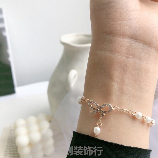 Ins small group design simple bow, zircon pearl bracelet, female Korean version students best friend, mix and match Vintage Jewelry