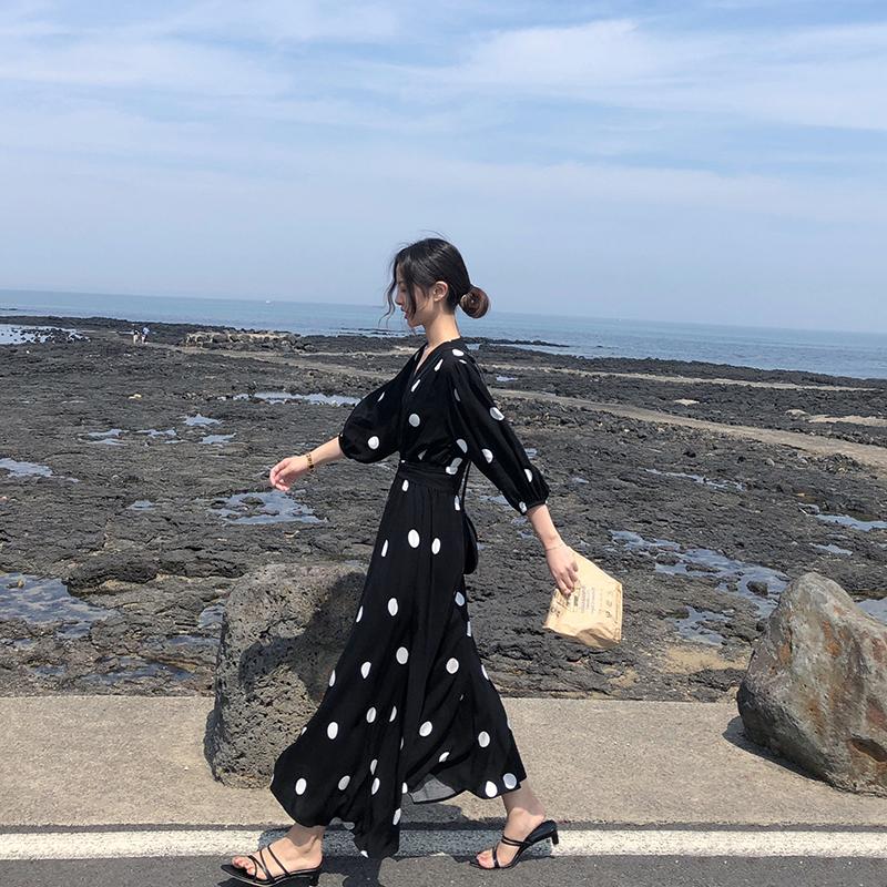 流行夏天春秋很仙的法国小众波点学生连衣裙