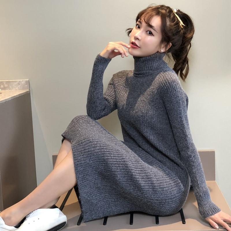 高领连衣裙