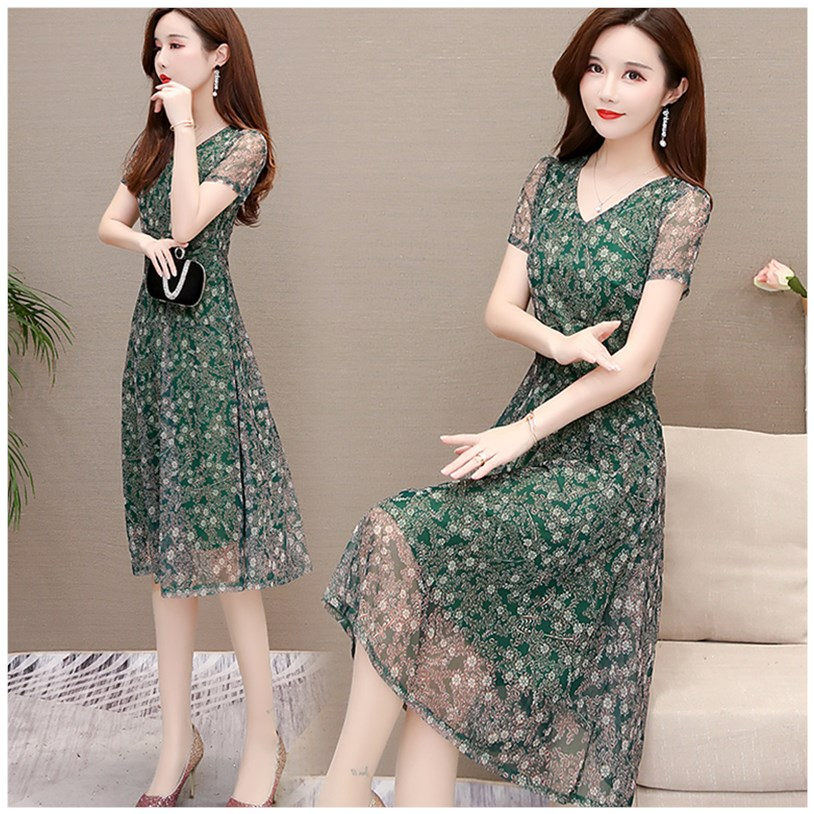 2020 summer new style foreign small Flower Chiffon dress show thin mother expensive lady high end temperament skirt