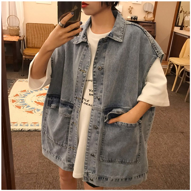 Spring and autumn 2020 Korean denim top vest womens ins fashion net red all over loose BF style sleeveless coat