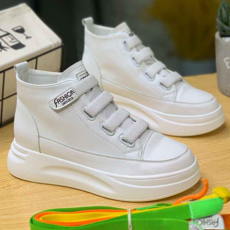 High top Velcro little white shoes womens fall 2019 new versatile thick soled glued white shoes gaobang shoes womens fashion winter