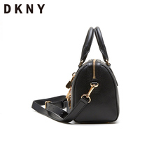DKNY Spring and Summer New Kind of Lady Cowhide Doctor's Bag Hand-held Slant Dual Purse R824H463