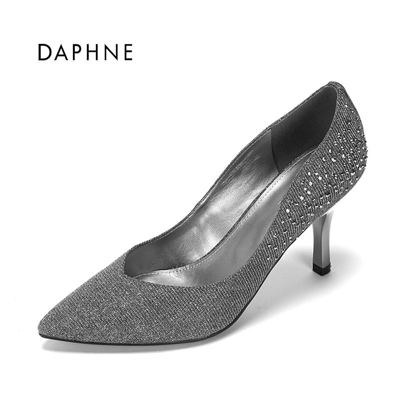 达芙妮春季女单鞋子浅口尖头细高跟时尚水钻性感女鞋子1017101006