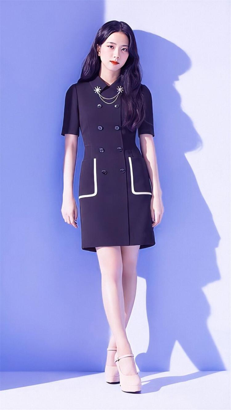 金智秀明星同款黑色双排扣短袖连衣裙女春夏季修身显瘦包臀西装裙