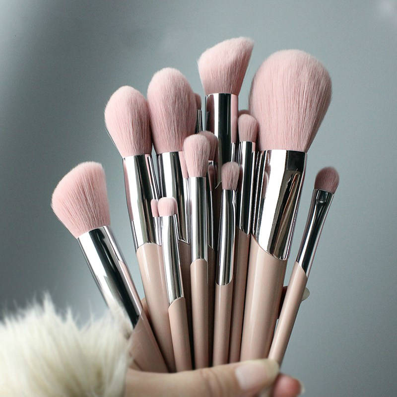 Nordic makeup brush, powder eye shadow, halo dyeing, brush nose shadow brush, repair high gloss powder, brush blush brush set.