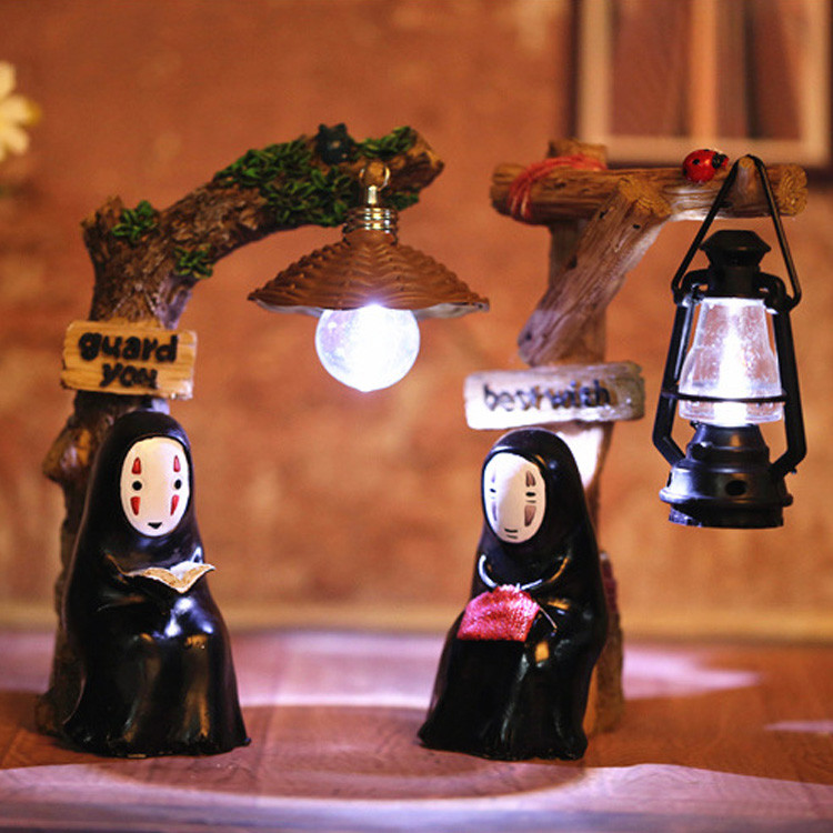 Cartoon Hayao Miyazaki Faceless Man Chiu Chihiro presents Christmas Eve and Halloween birthday gift for students
