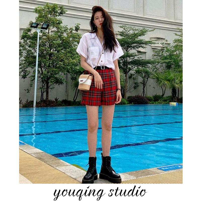Star song Yanfei CC same red check shorts womens high waist loose straight hot pants wide leg casual pants summer