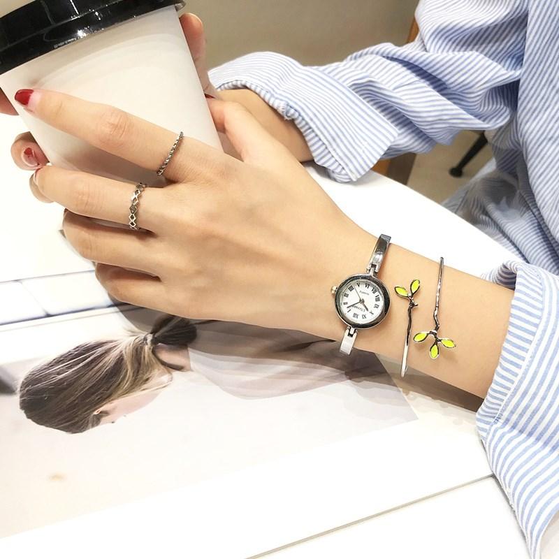 新款冷淡风ulzzang2018小巧手链手表女士学生韩版简约时尚潮流