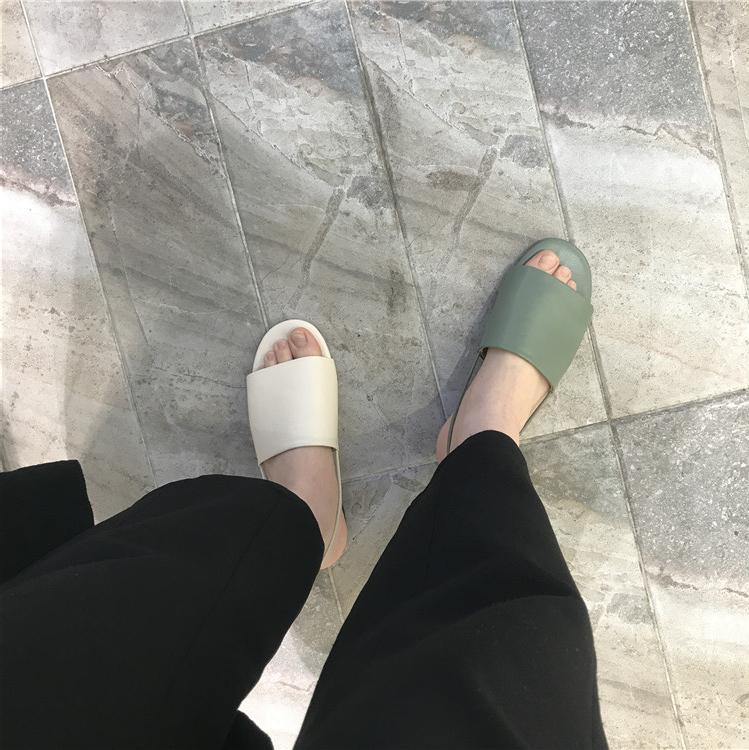 韩国东大门2019夏季新款圆头凉鞋10月31日最新优惠
