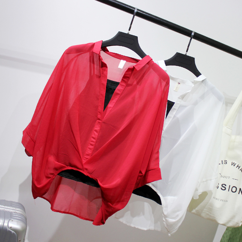 V领蝙蝠袖不规则前短后长上衣女韩范宽松显瘦百搭雪纺衬衫两件套