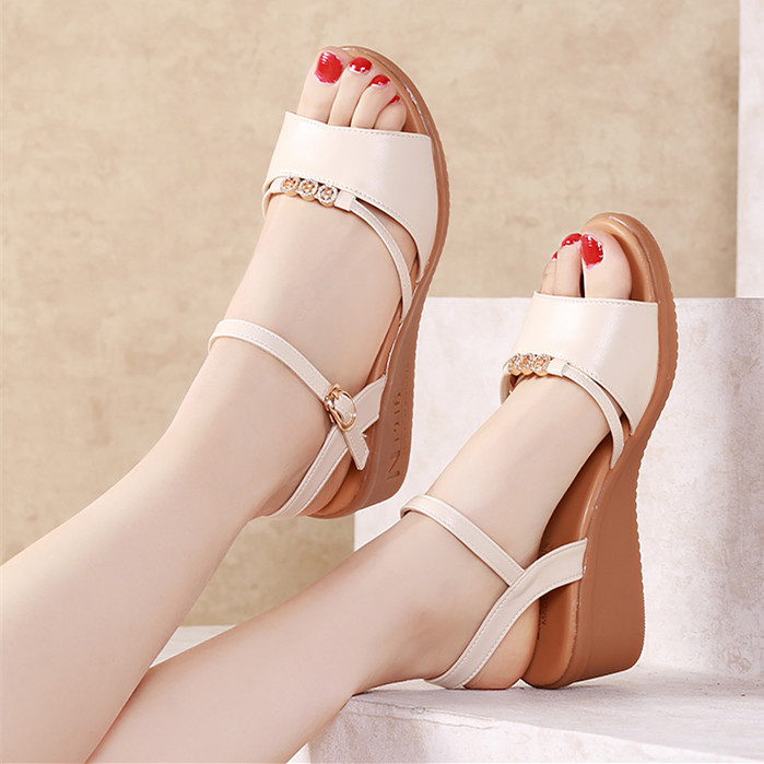 Snow Yierkang sandals nupo and summer 2020 new fairyland style medium heel thick sole with all kinds of cows tendon soled mothers shoes