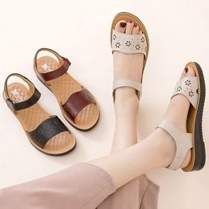 2021新款中年女士凉鞋真皮平底女鞋