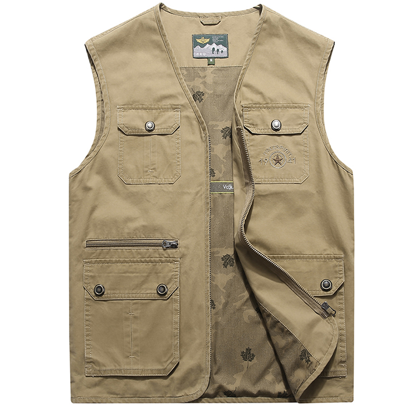 Father wears multi-pocket men's leisure vest, spring and autumn photography, fishing horse jacket, waistcoat and thin shoulder