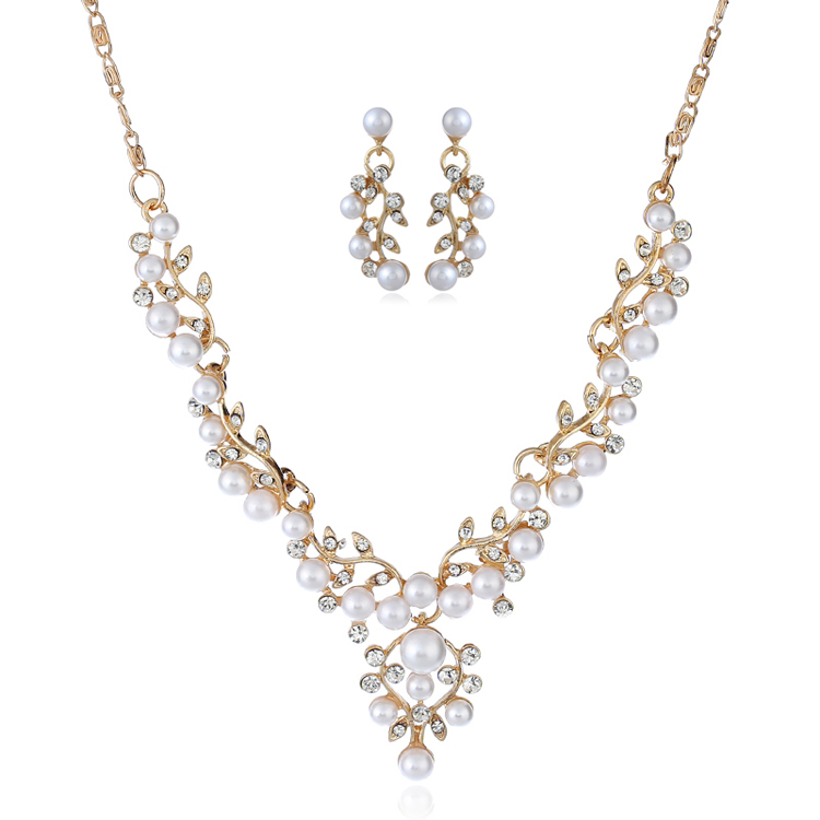 Elegant Flower Pearl Necklace And Earring Bridal Jewelry Set