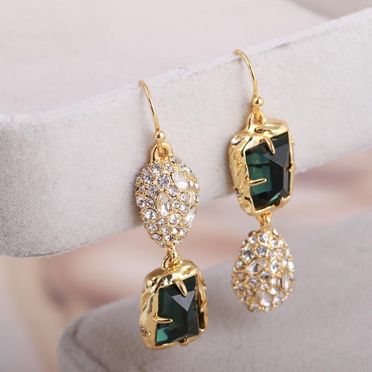 2018 new American AB European and American jewelry diamond inlaid green gem inlaid asymmetric fashion earrings womens Earrings