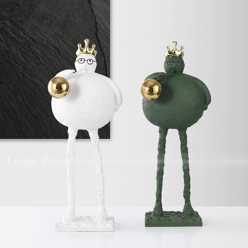 朗格北欧简约客厅卡通皇冠吹泡泡人物摆件售楼部样板房间软装饰品