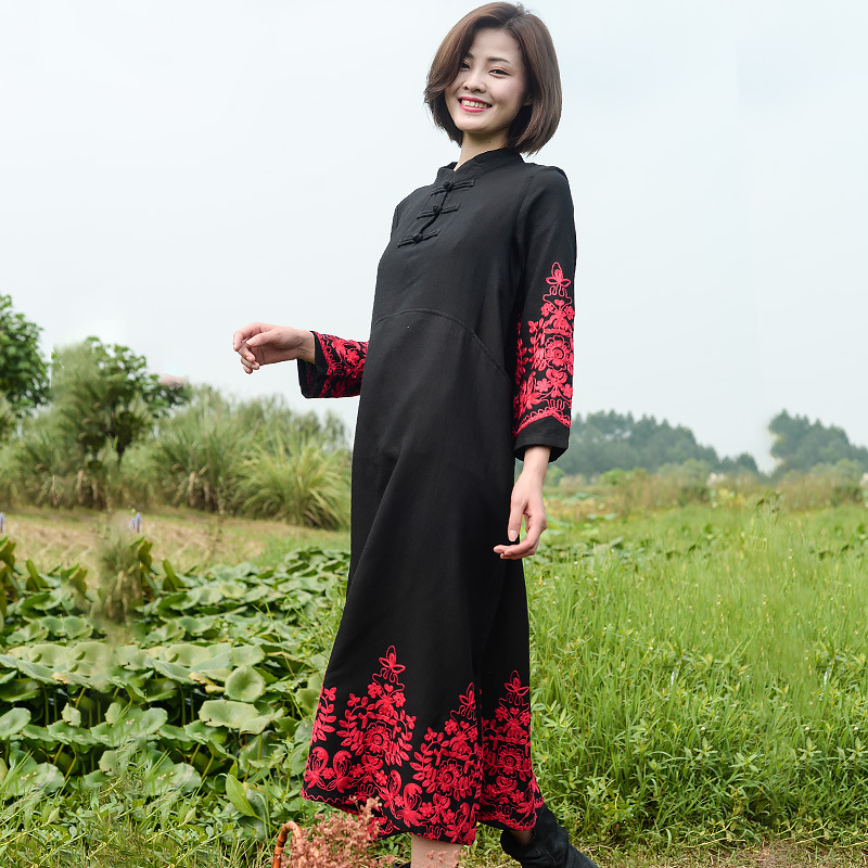 Zhipai cotton and hemp womens new spring dress National Style Embroidered robe stroke dress