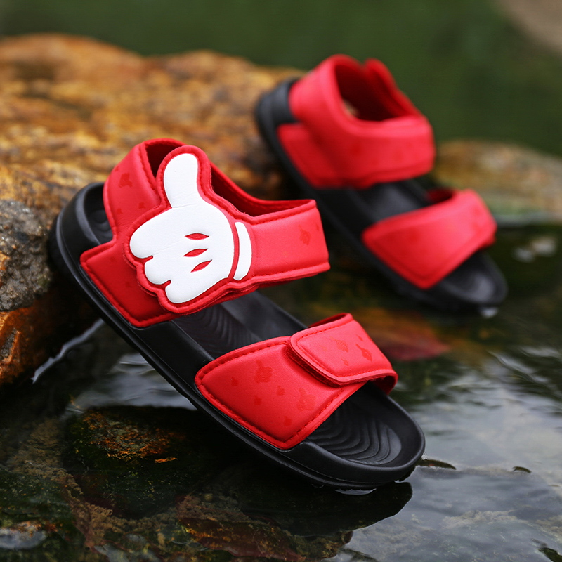 2020 new childrens sandals small and medium sized boys summer Velcro soft sole beach shoes girls princess shoes hole shoes