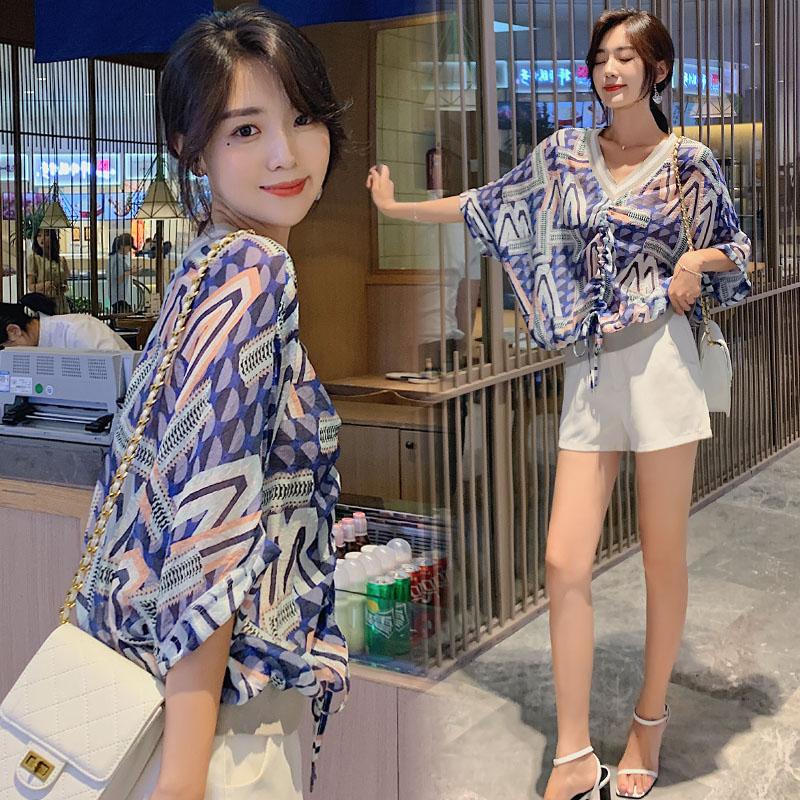 2020夏韩版洋气露肩衬衫印花上衣雪纺衫宽松女短袖系带小衫t恤衫