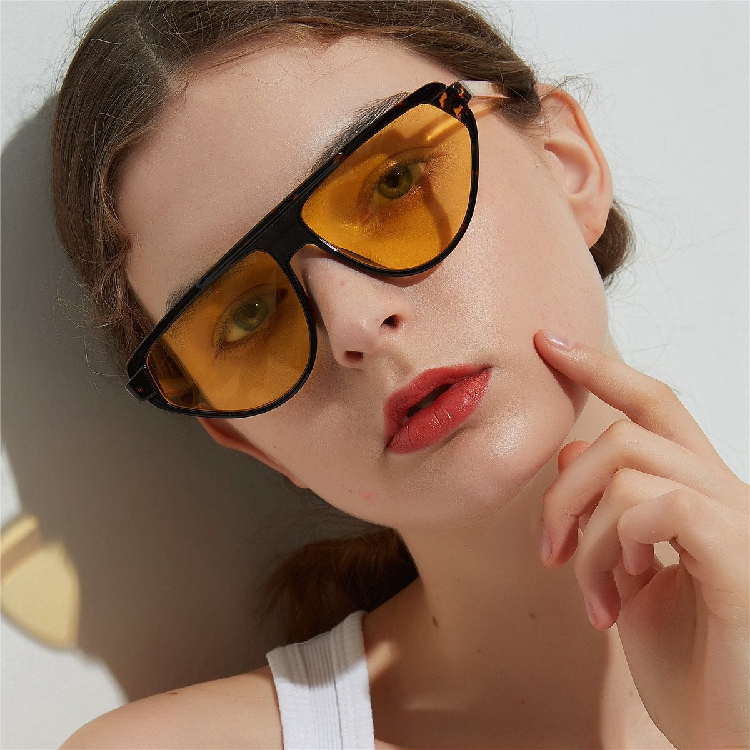 813021 Sunglasses mens large frame transparent color lens decorative glasses recommended by European and American bloggers