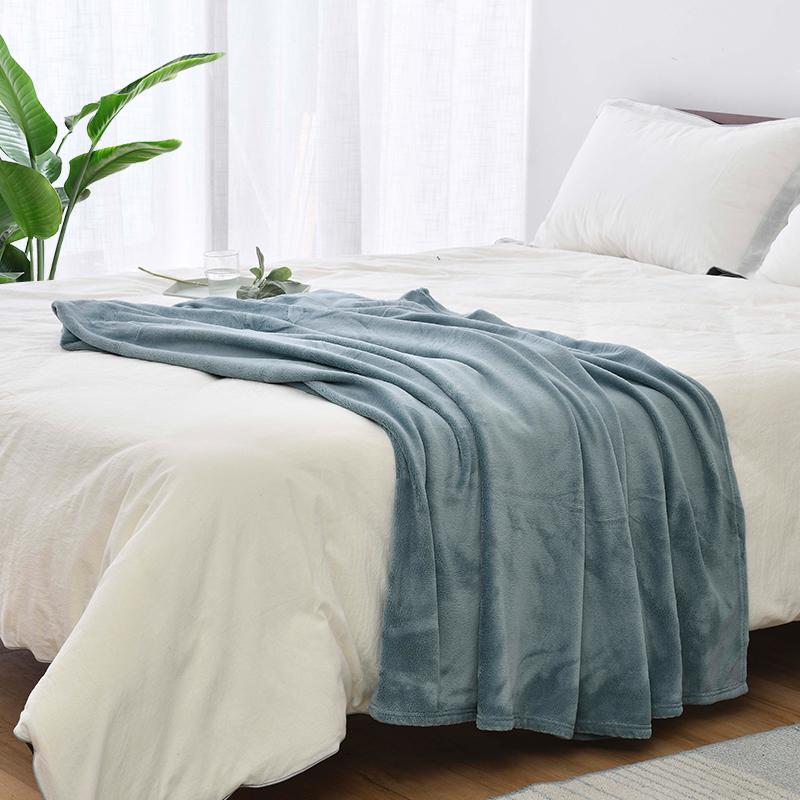 珊瑚绒毛毯四季加厚床单人小被子办公室午睡空调毯子法兰绒毛毯 thumbnail