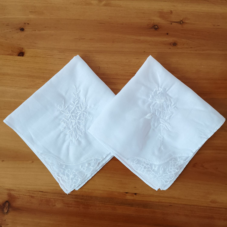 Embroidery lace corner pure white DIY hand graffiti small square handkerchief pure cotton white handkerchief tie dye hand drawing