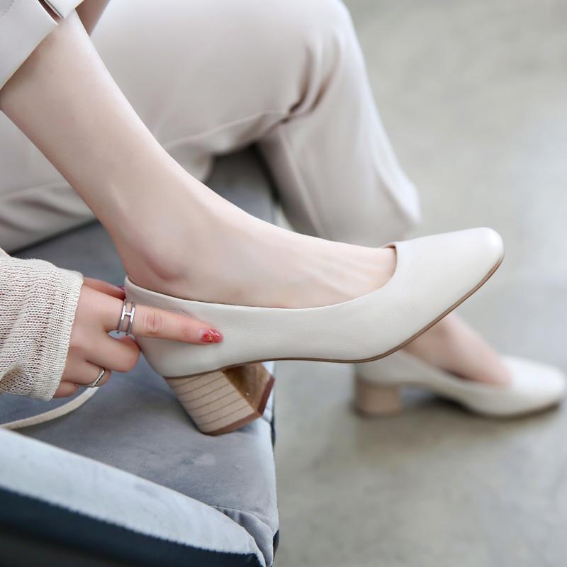 真皮粗跟单鞋女2019夏韩版浅口百搭面试高跟鞋复古中跟奶奶鞋方头