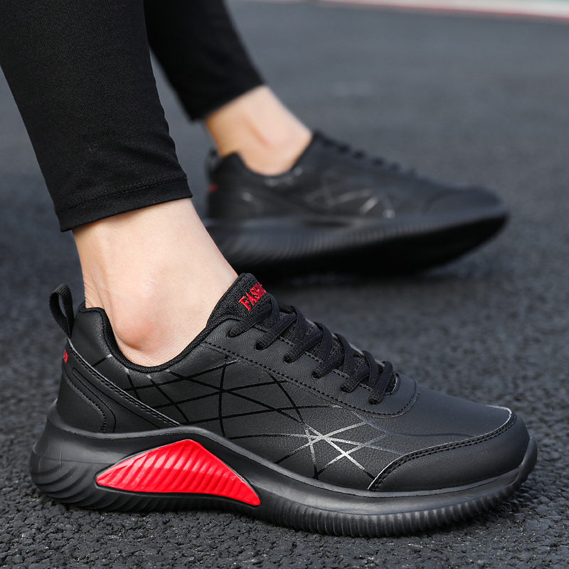 Spring and summer return strength mens shoes leather sports shoes waterproof and antiskid running shoes trend of versatile odor proof leisure travel shoes