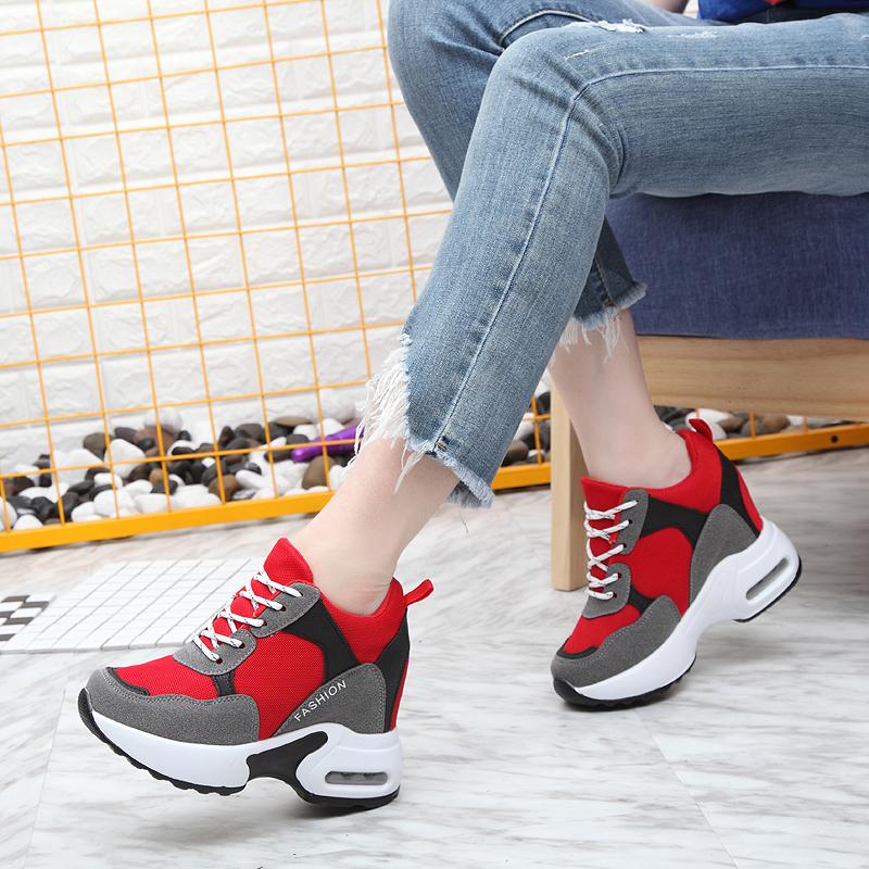 欧迈奴2018秋季新款内增高女小白鞋厚底休闲运动鞋韩版显瘦单鞋女