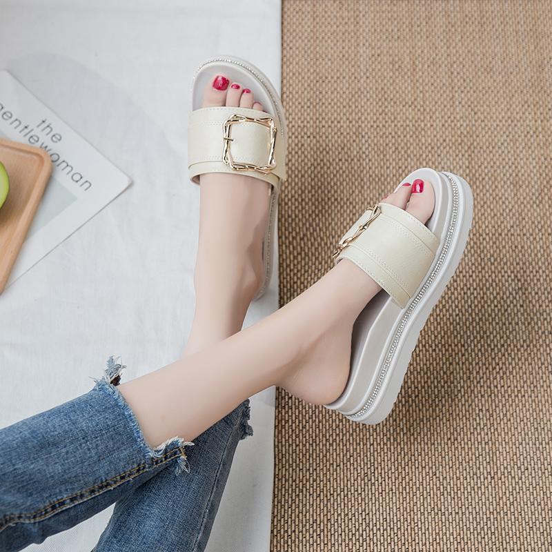 带钻拖鞋女外穿厚底2020年夏季皮带扣中跟松糕外出时尚增高凉拖鞋
