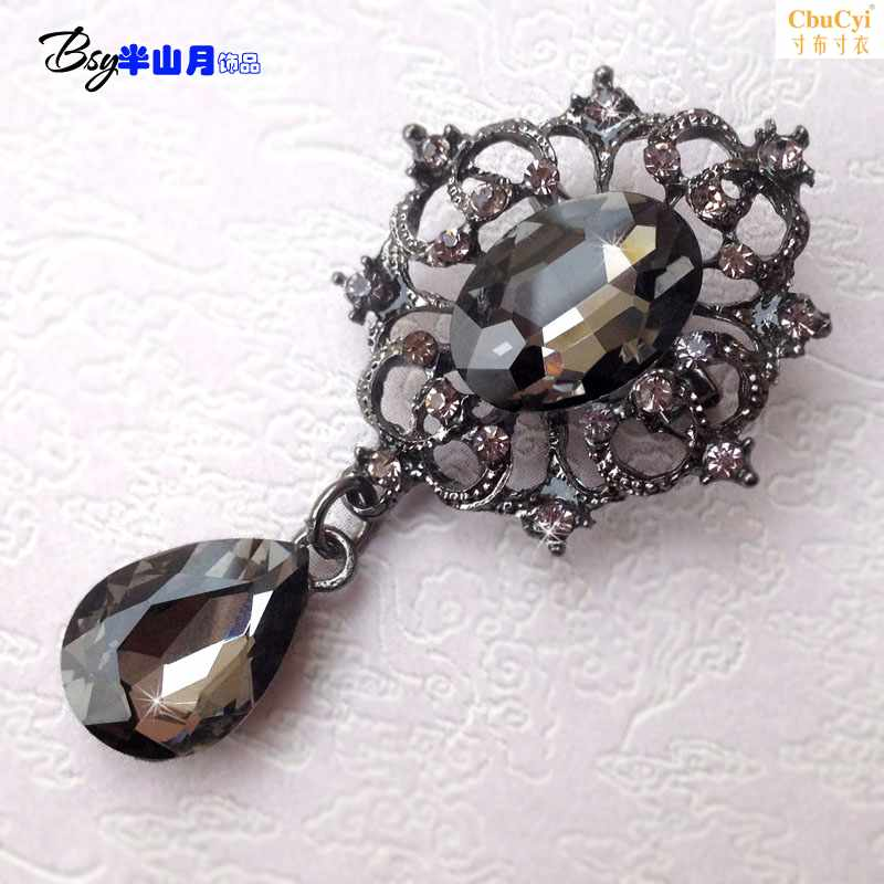 High grade antique palace style Brooch female accessories multi color gem Brooch exquisite small Brooch collar buckle package mail